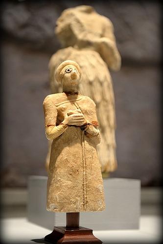 800px-Sumerian_Worshiper