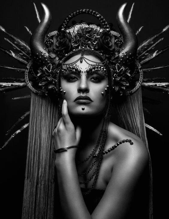 lilith-in-taurus-lilith-astrology-lynna-wolfgard-dark-astropsychology-copy-1